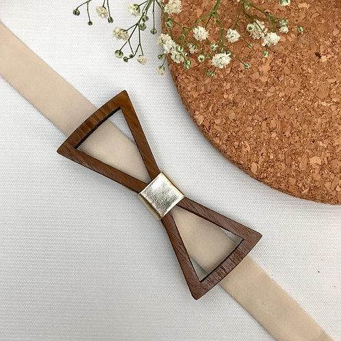 Triange Frame Wooden Bow Tie