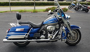 2009 Blue FLHR.jpg