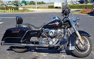 2009 Black Road King.jpg