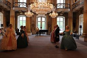 Tanz im goldenen Saal