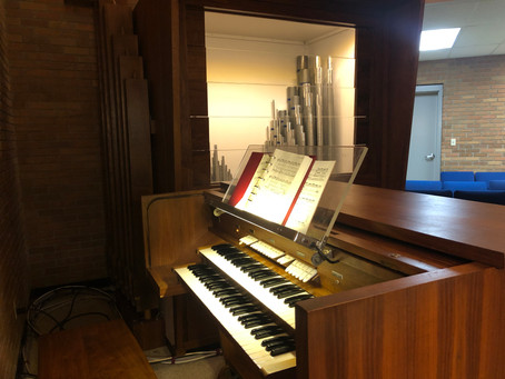 "Chapel Gets a ""New"" Pipe Organ"