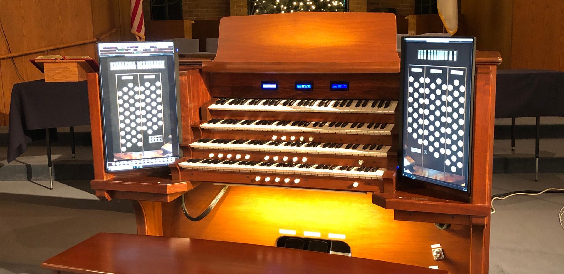 A Paramount Christmas Concert