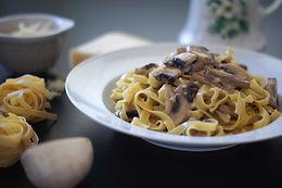 Button mushroom pasta M