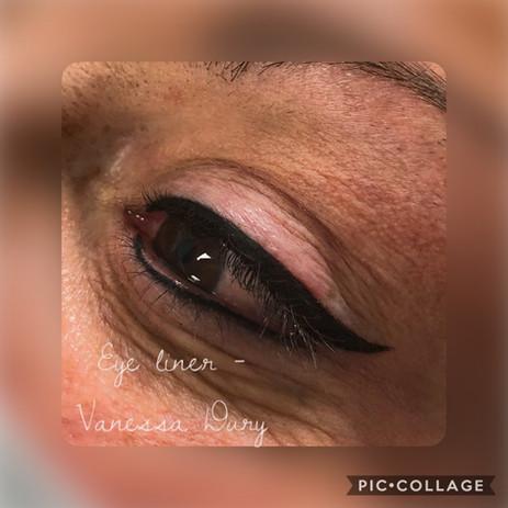 body make up eye liner par vanessa