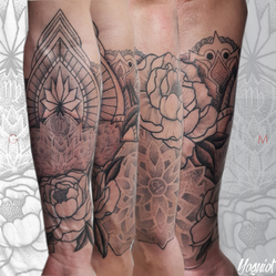 tatouage ornemental, tatouage fleur, yoguiot