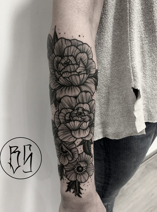 tatouage florale par bens tattooer