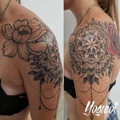 tatouage geometrique femme