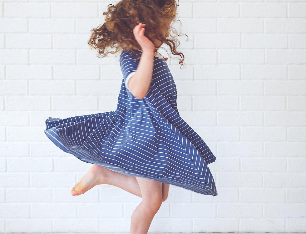 שמלת שרוול קצר כחול פסים
