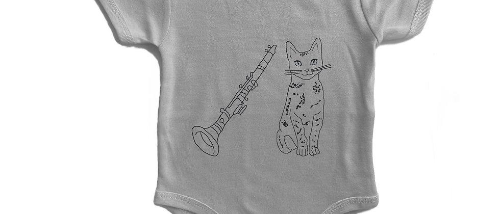 בגד גוף חתול וקלרינט