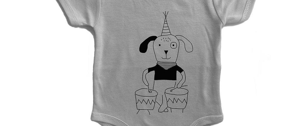 בגד גוף כלב מתופף