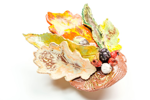 Autumn leaf and berry wall hanging 3