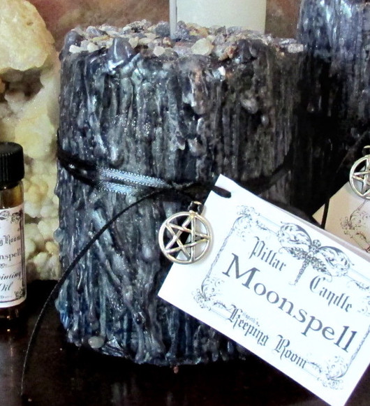 moonspell candle chunky.jpeg
