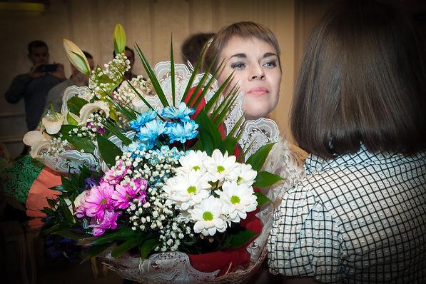 Невеста в Дворце бракосочетания
