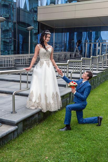Жених делает предложение