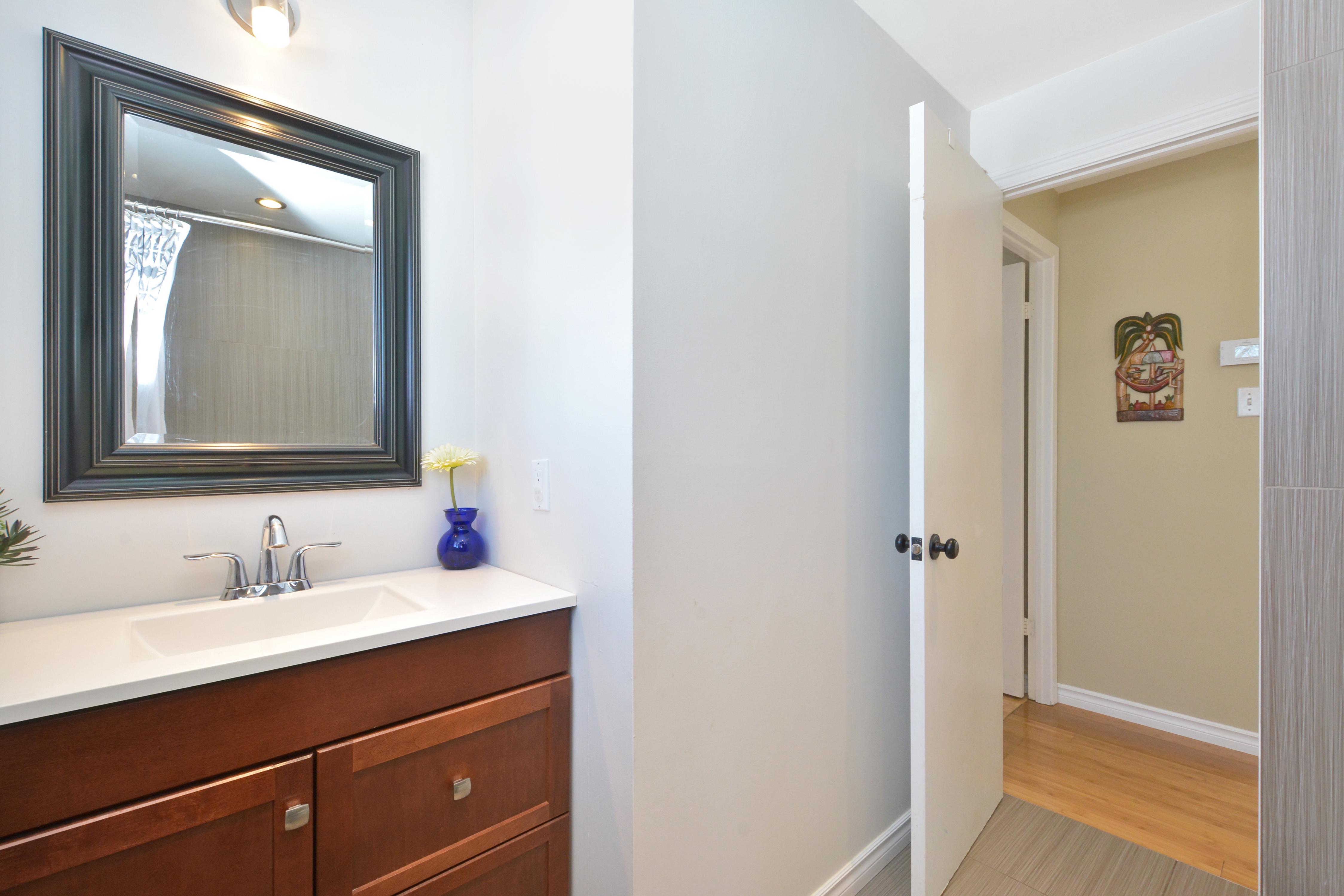 021bathroom_view1