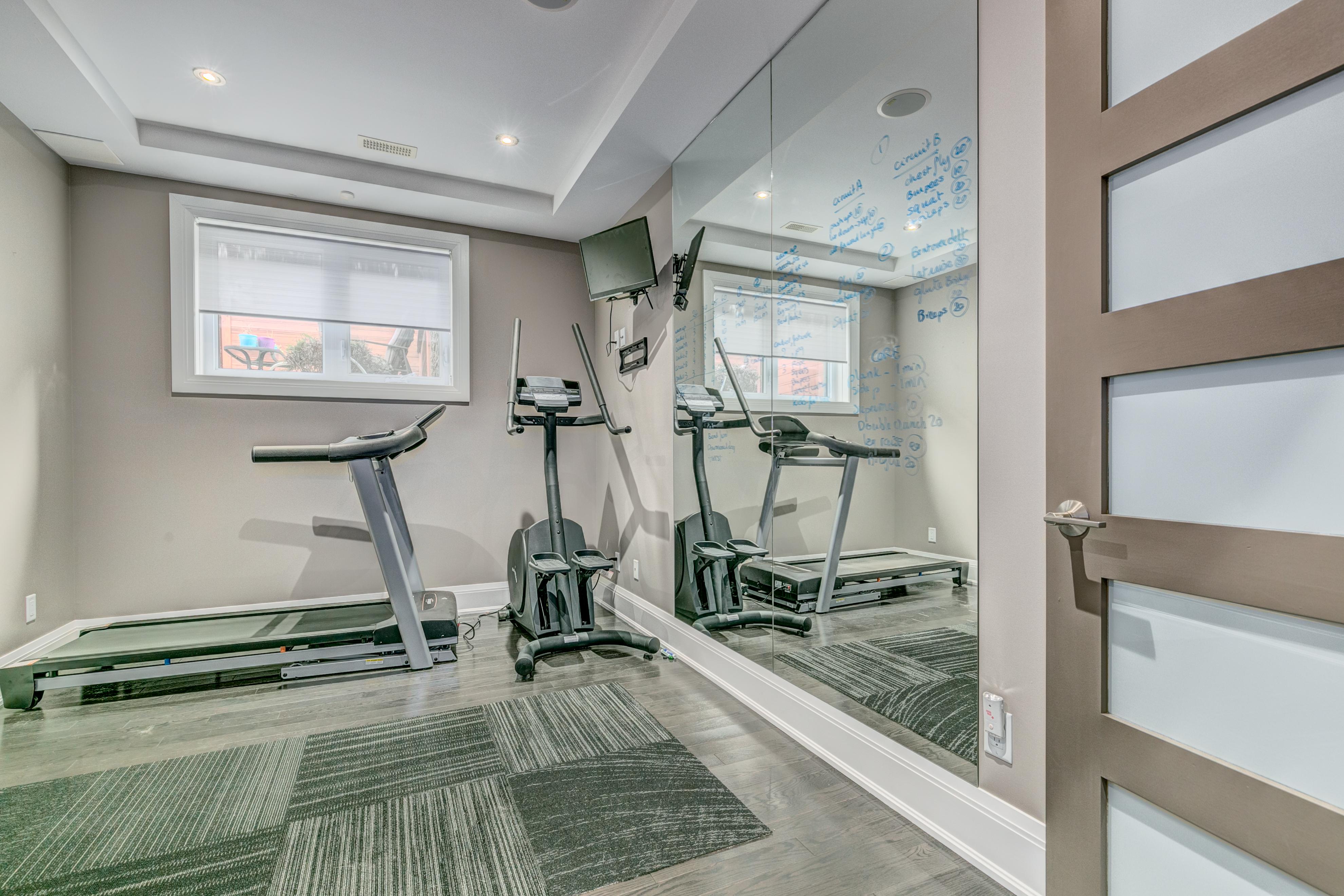 1601Kingsdale Home Gym