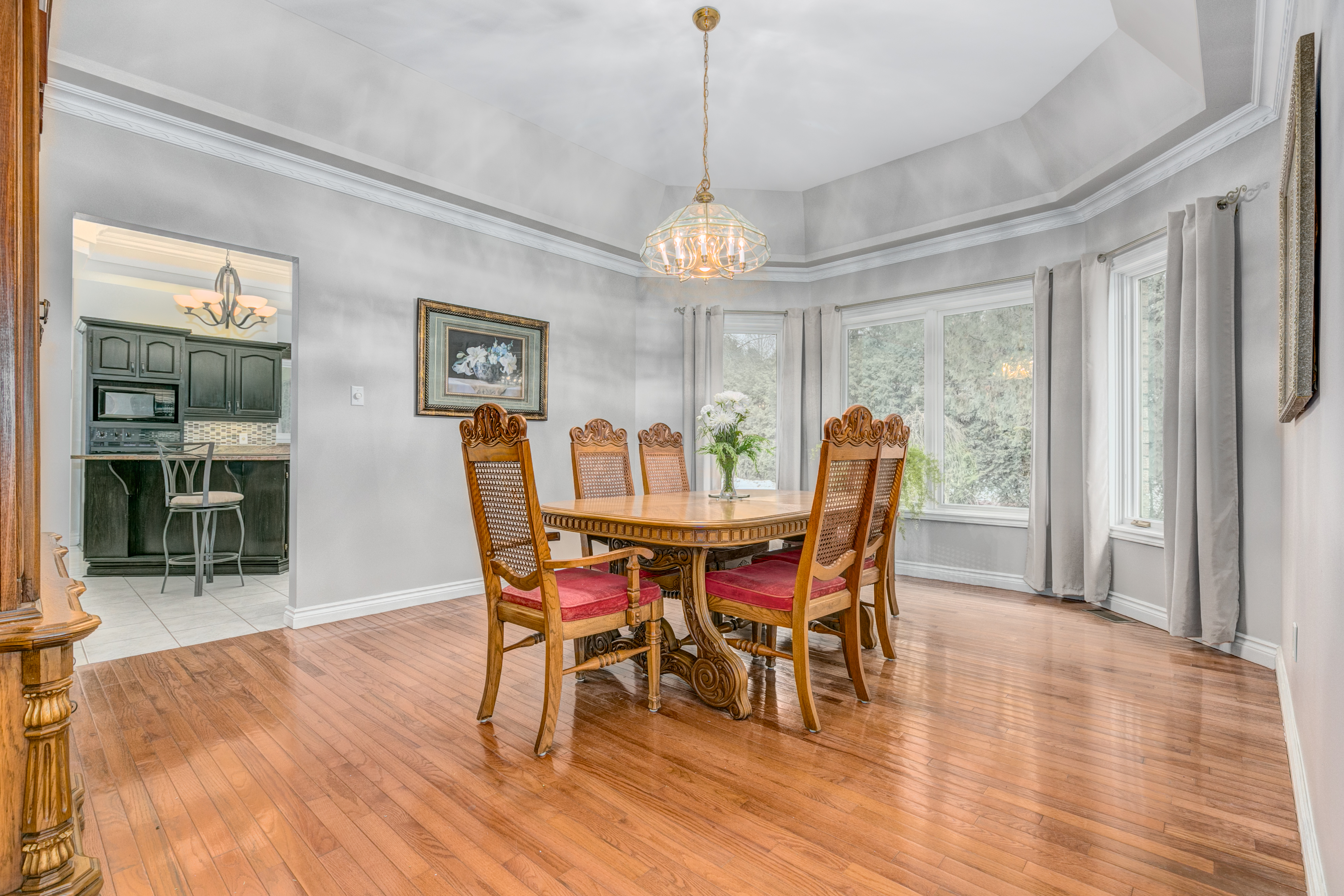 6088 Gough Dining Room