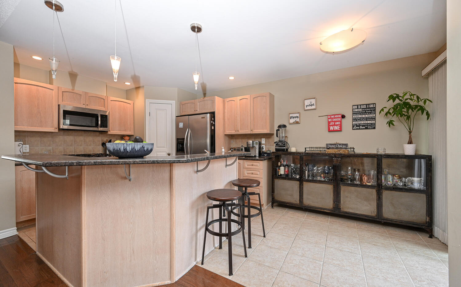Welcome to 482 Grey Seal Cir-large-025-0