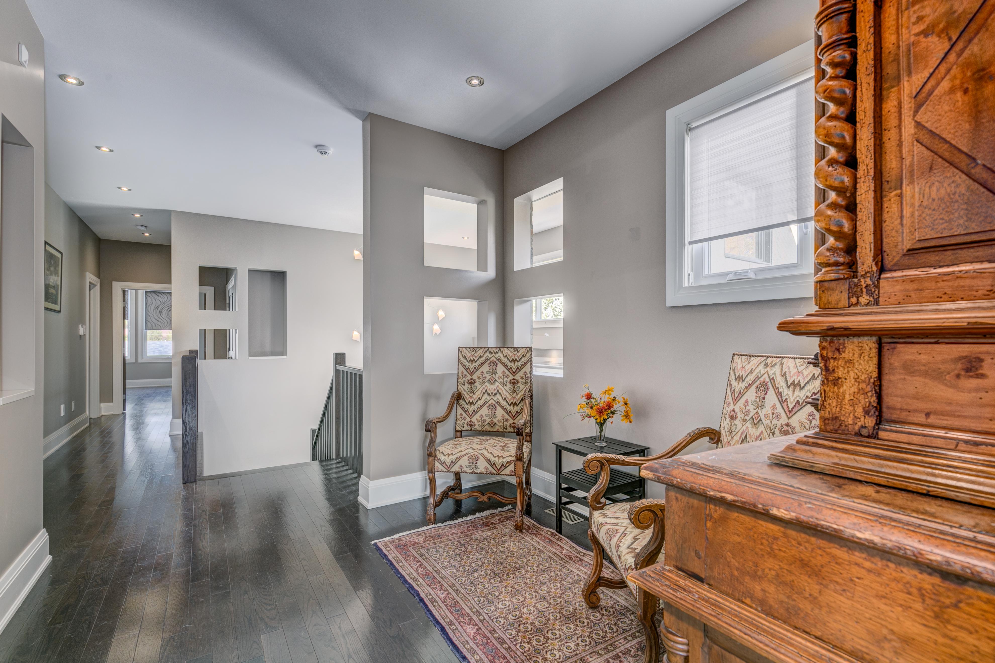 1601Kingsdale Upper Sitting Room