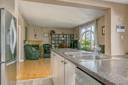 3049 Apple Hill Kitchen & Family