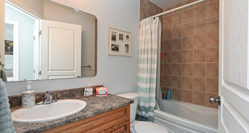 Welcome to 482 Grey Seal Cir-large-036-0