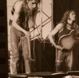 Seattle Pop Alice Cooper with a Hammer.j
