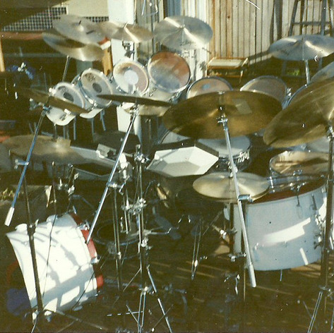 The Artist ONE, Drums, Early years, large set outside