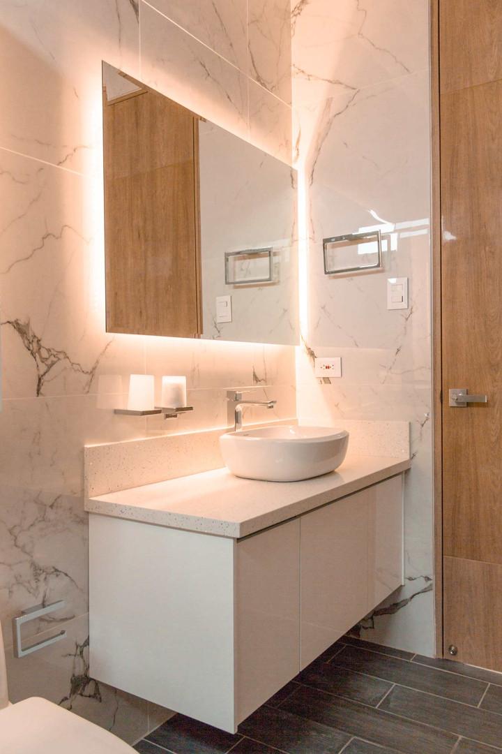 fr-bathroom-3.jpg