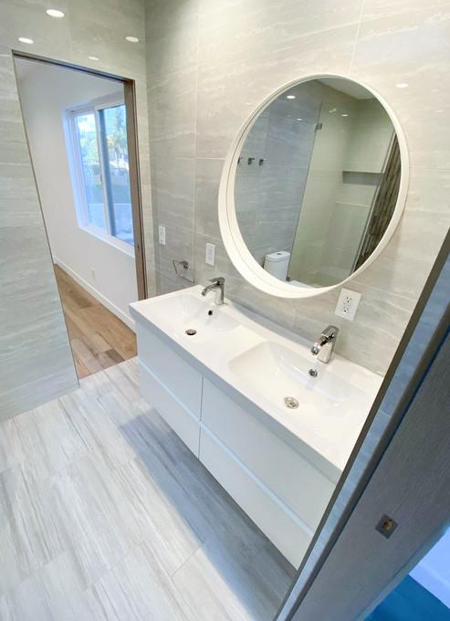 guest-bathroom.jpg