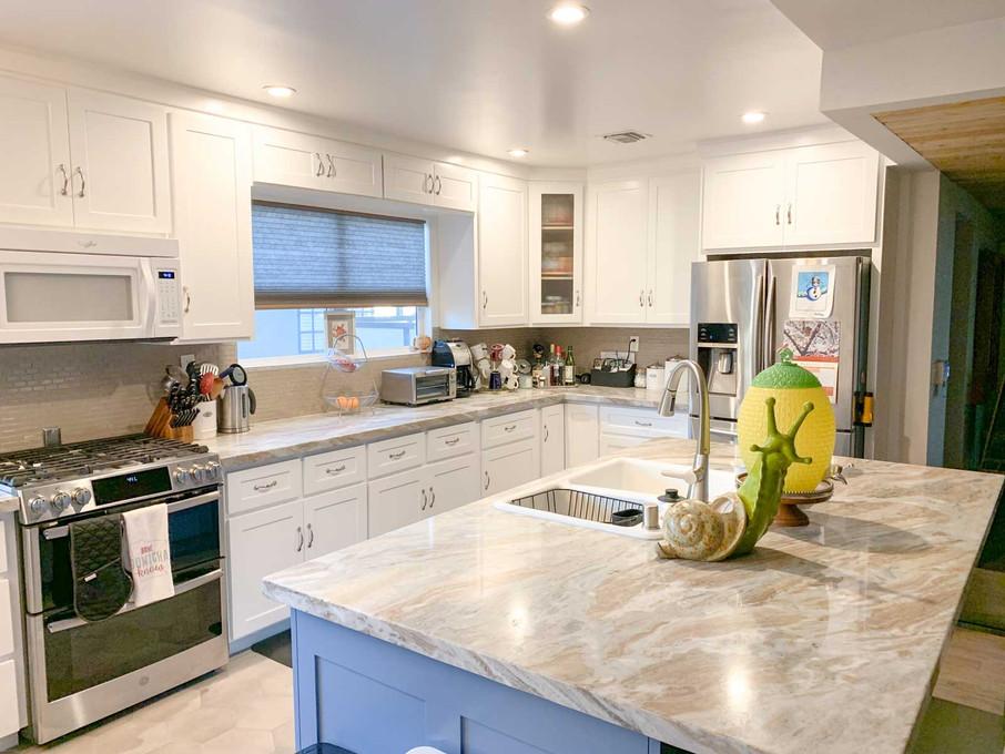 white-kitchen-2.jpg