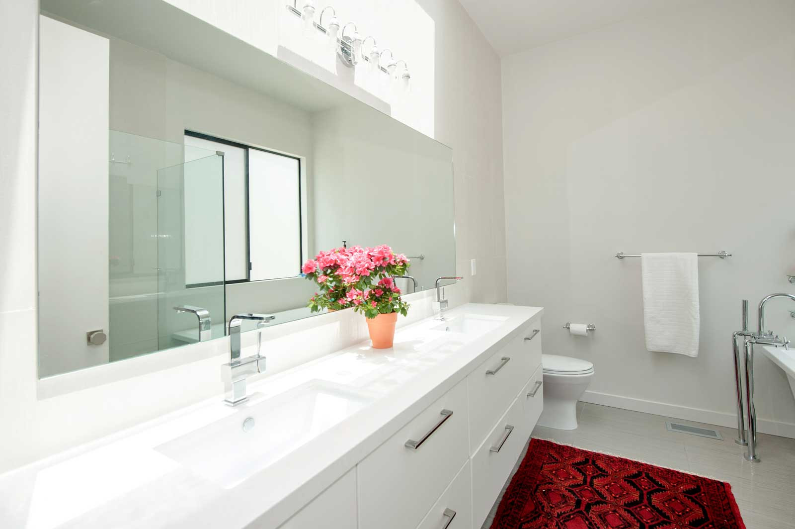 white-bathroom-kilkea.jpg