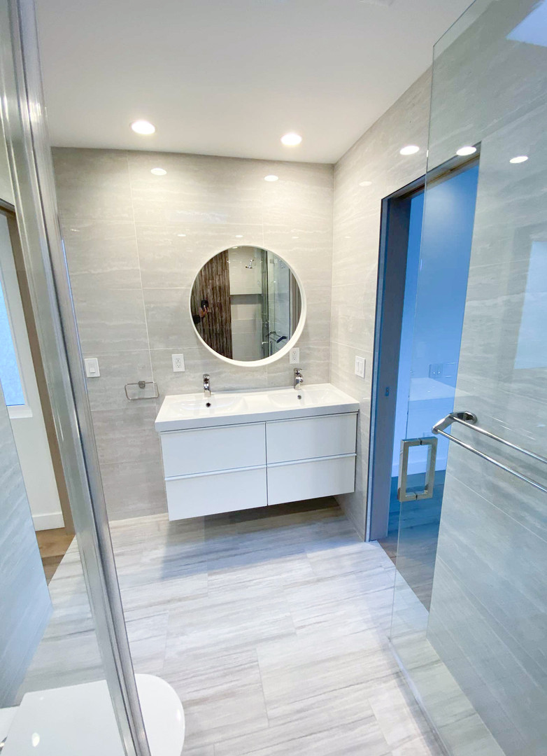 master-bathroom2.jpg
