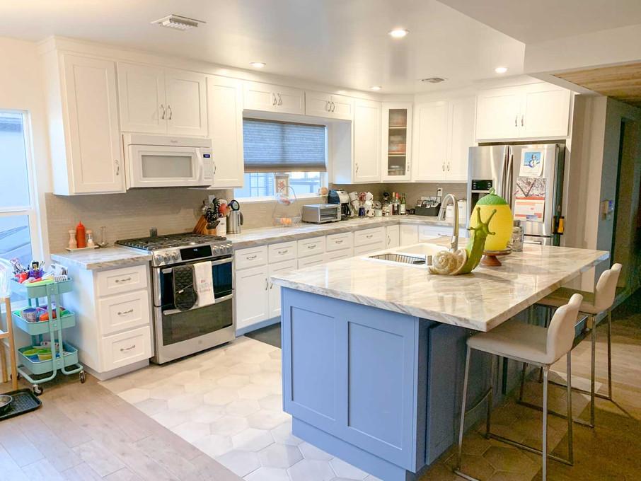 white-kitchen-3.jpg