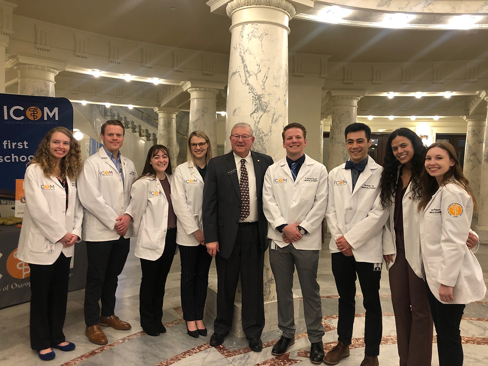 Clark Kauffman meets with pre-med students at the Idaho Capitol