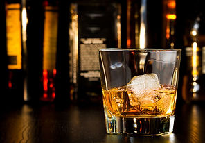 1280-501655732-whiskey-glass-with-ice.jp