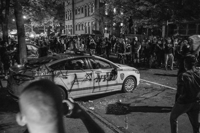 88th Precinct, Brooklyn, New York - May 29, 2020