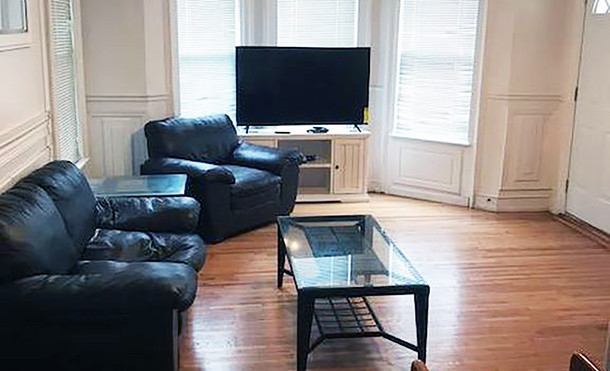 28 Seminary Ave Living Room