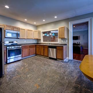 Front Syreet Kitchen II FlatsSB_0154_168