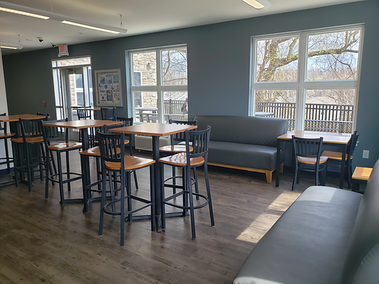 Student Lounge Connects to Patio