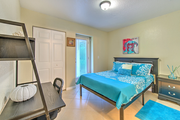 Fully furnished student housing in Tampa, FL.
