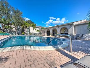 Jessica_Marchlewski_2301 Aberdeen Ct Tampa FL-107-104-Club House Pool9-MLS_Size.webp