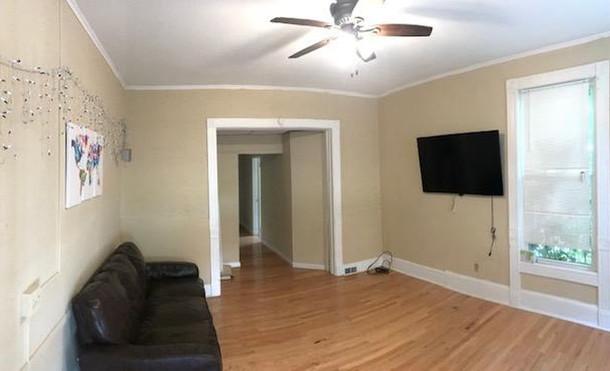 116 Murray Street Living Room