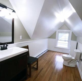 151 Front Street_Apt2_Bathroom2-1.webp