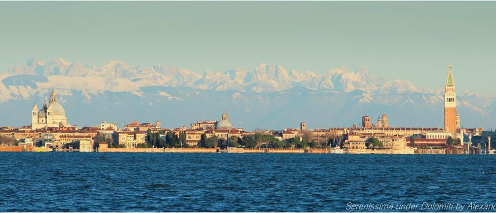 Venezia skyline Dolomiti by Alexandre Cosentino
