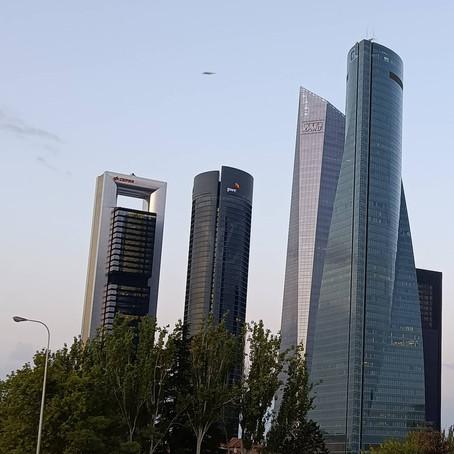 Posibles OVNIS sobre Madrid