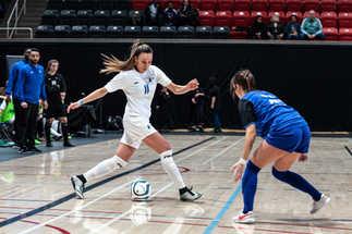 Match exhibition sélection soccer futsal féminin - Patrice Bernier et ses amis