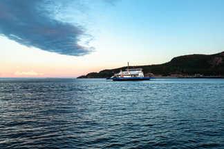 Croisé du ferry sur le Fjord-du-Saguenay - Tadoussac