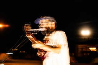 Flou artistique musicien chanteur guitare