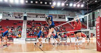 Championnat Nationnal U Sports Volleyball Féminin - Rouge et Or ULaval - PEPS Québec