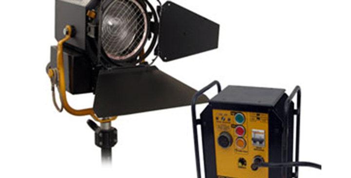DESISTI 575w Daylight Compact Fresnel Kit hire
